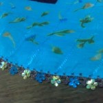 çiçek boncuklu mavi oya örneği