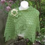 açık yeşil çiçek detaylı şal modeli