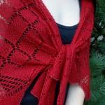 kırmızı ajurlu boncuklu şal modeli