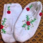 boncuklu ve çiçek işlemeli beyaz çetik
