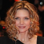 michelle pfeiffer kıvırcık saç modeli