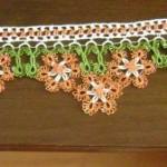 turuncu çiçekli mekik oyası havlu kenarı