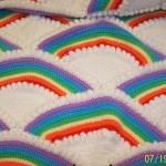 gökkuşağı desenli rengarenk tığ işi bebek battaniyesi