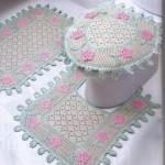 pembe çiçekli tığ işi klozet takımı