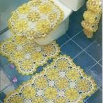 sarı çiçek motifli tığ işi klozet takımı