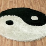 ying yang desenli yuvarlak halı