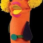 çoraptan yapılmış turuncu el kuklası