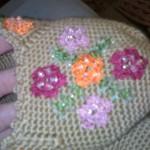 krem rengi çiçekli boncuklu patik