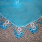 mavi beyaz çift halkalı çiçekli oya