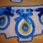 mavi kurdeleli nazar boncuklu havlu kenarı